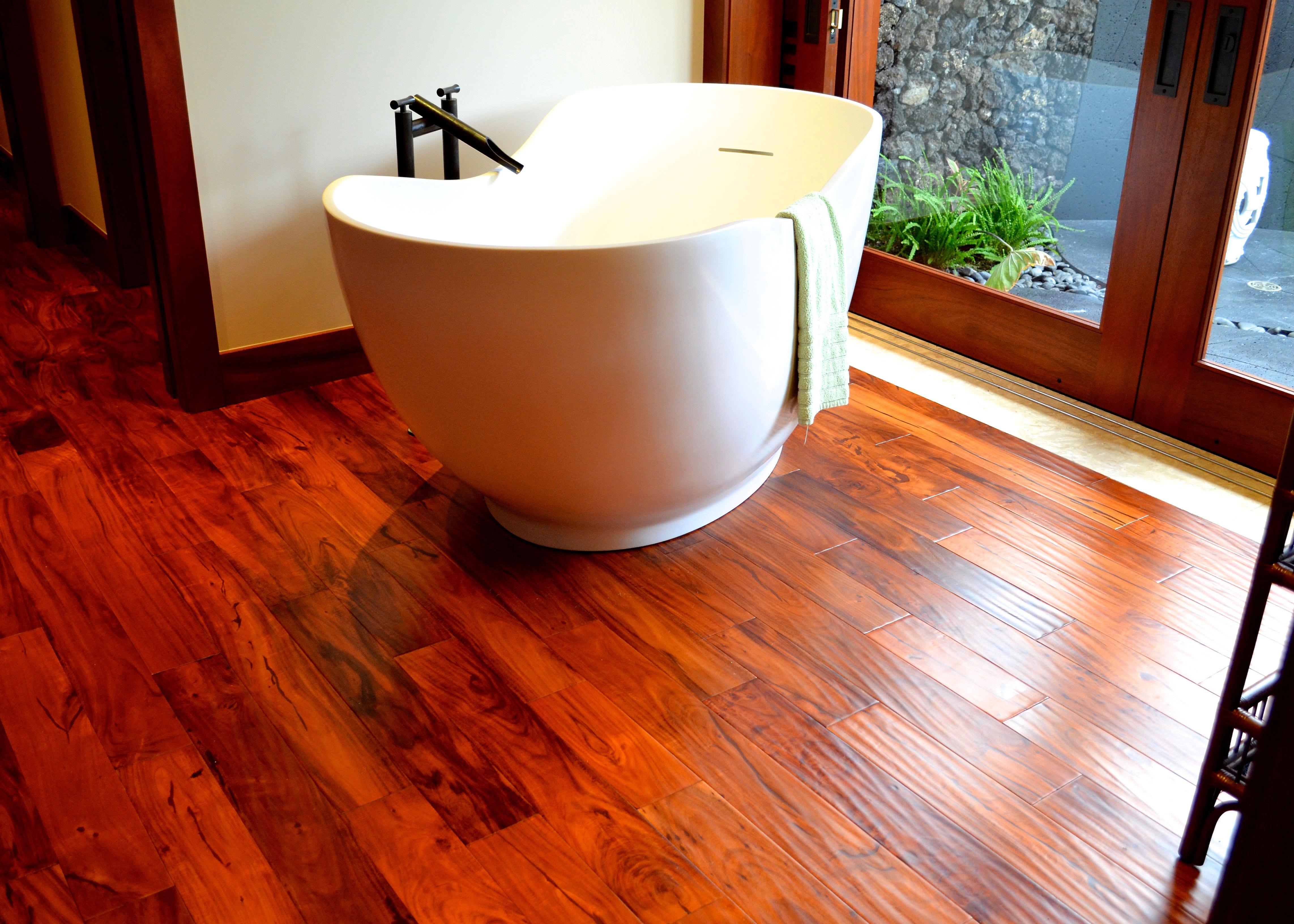 hardwood flooring in bathroom in makena maui